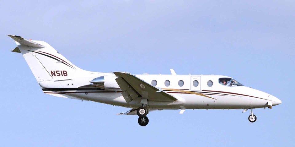 Beechcraft Beechjet landing tail number N51B